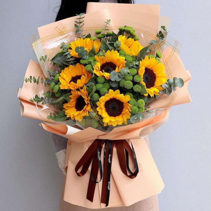 7枝向日葵韓式花束