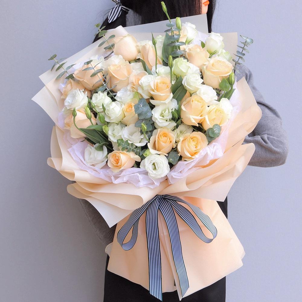 19枝香檳玫瑰花束
