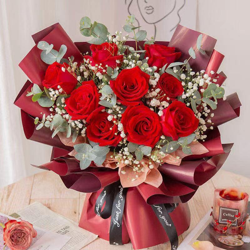 11枝红玫瑰花束