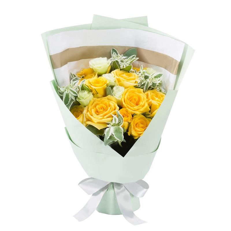 11枝黃玫瑰精品小花束